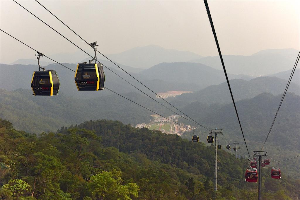 Yen Tu Mountain Cable Car.