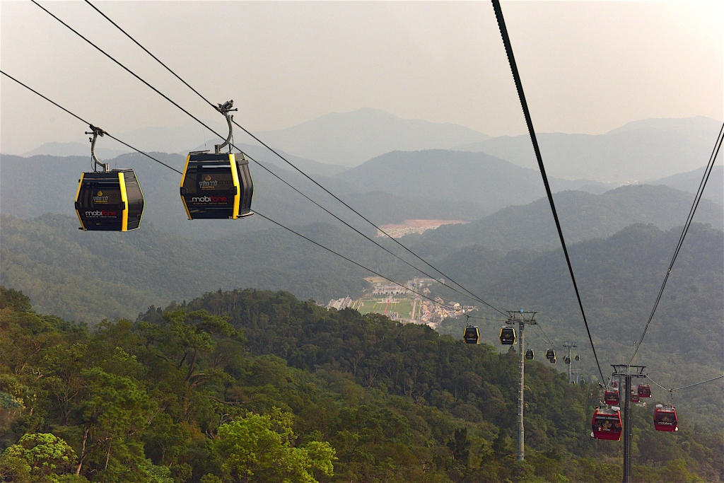 Yen Tu Mountain Cable Car.