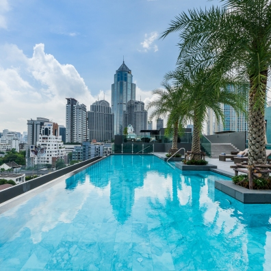 SureStay Plus Sukhumvit 2 Rooftop Pool (1)
